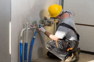 Get emergency plumbing assistance